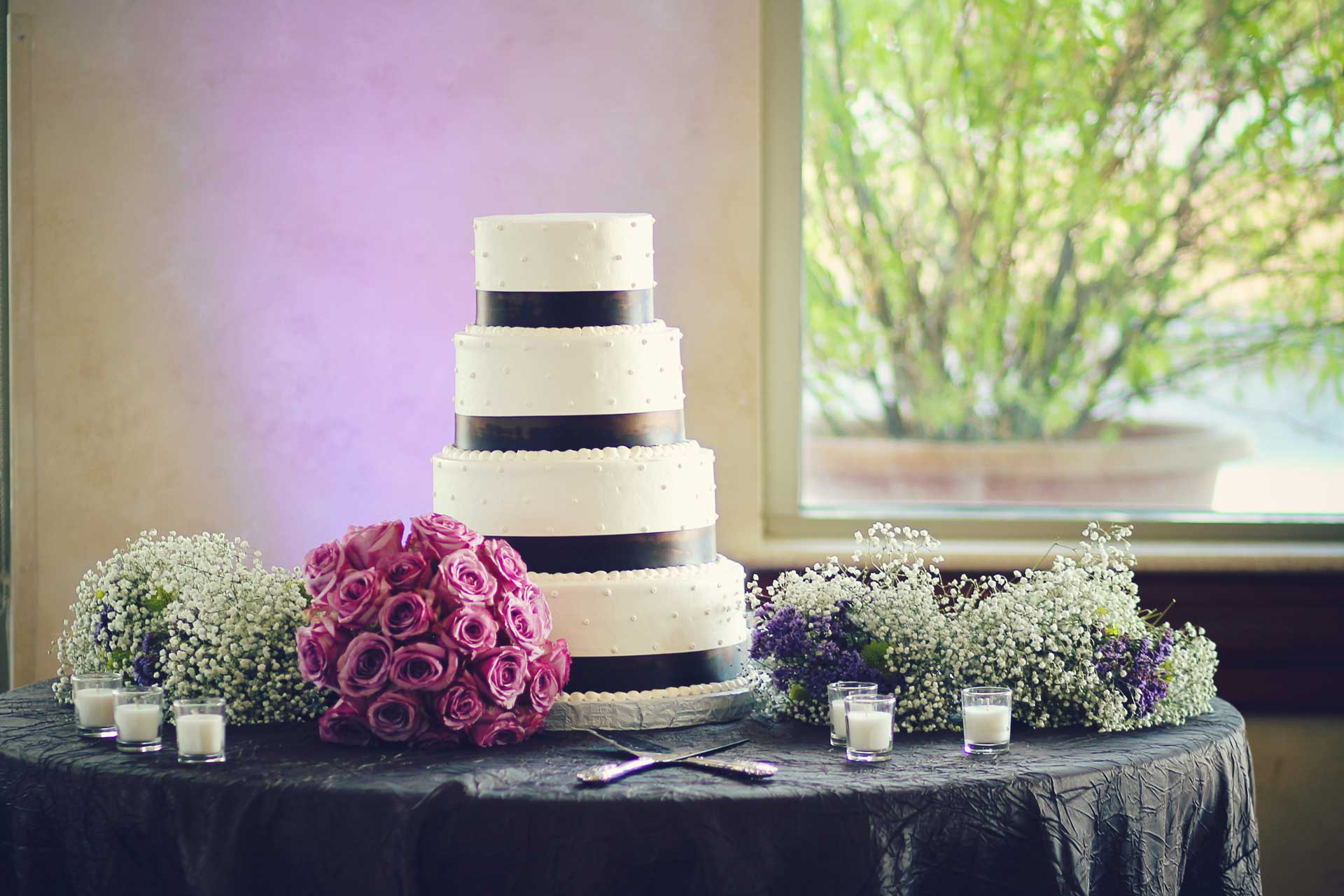 Wedding Event Venue San Antonio Cake Window